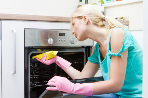 Natural ways of oven cleaning (2)